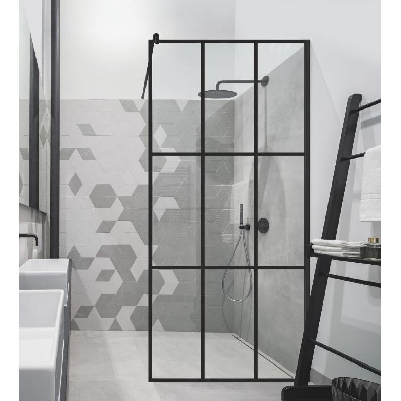Kaip paruošti vietą standartinei dušo kabinai?
